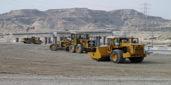 احداث تقاطع غیر هم سطح در تقاطع بلوار شهدا و بلوار جمهوری شهر بندرعباس
